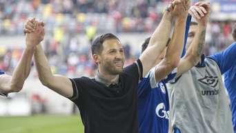 Trainer Domenico Tedesco wurde mit Schalke vergangene Saison Vizemeister.